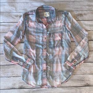 American Eagle Outfitters Soft Plaid Button Down